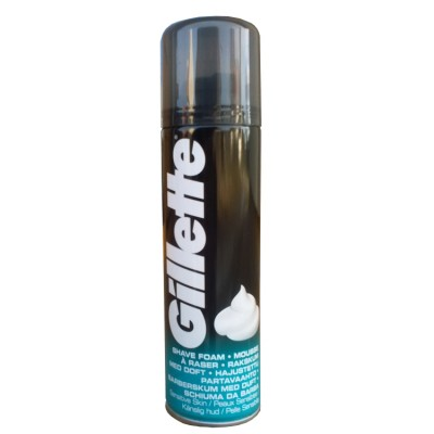 Gillette Sensitive pěna na holení 200 ml